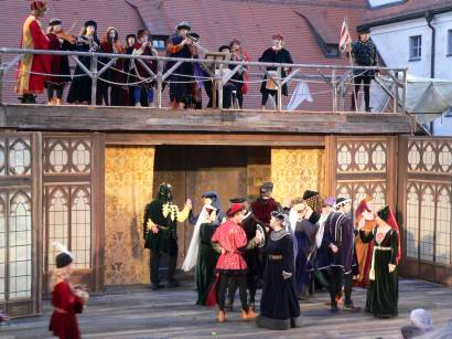 straubing-agnes-bernauer-8-theater-tanz-niederbayern