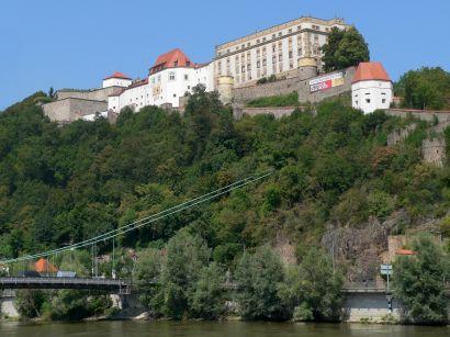 Veste Oberhaus mit Museum und Aussichtspunkt auf die Altstadt von Passau