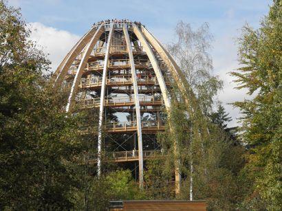 waldwipfelweg-nationalpark-bayerischer-wald-baumturm-kuppel-410