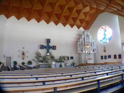 moderne Kirche in Bayern in Wiesent