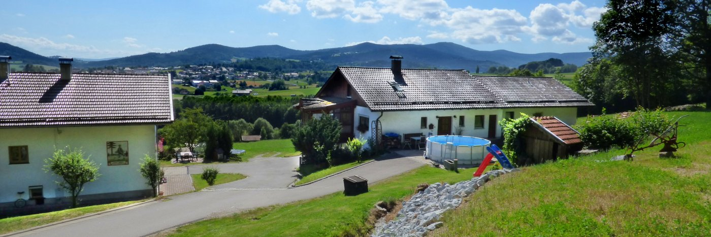 achatz-ferienhaus-bayerischer-wald-natururlaub-bayern-ansicht
