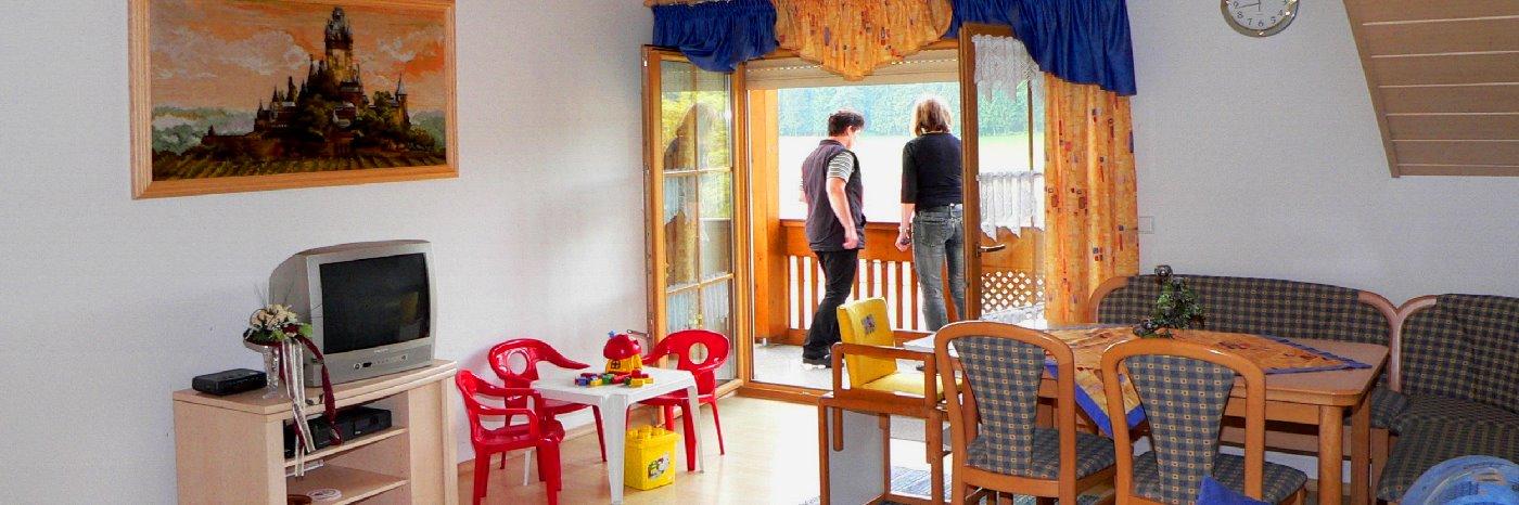 Ferienhaus in Zandt Ferienwohnungen und Zimmer am Bauernhof bei Cham
