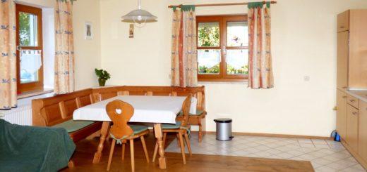 aubauernhof-ferienwohnungen-cham-ferienhaus-oberpfalz-küche
