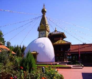 ausflugsziele-bayerischer-wald-nepal-tempel-wiesent