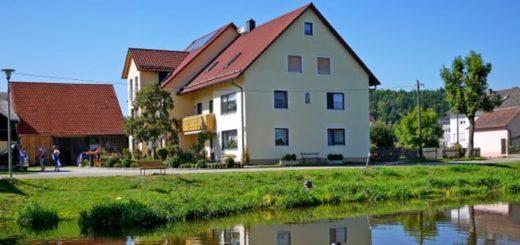 bartlhof-bauernhof-oberpfalz-angelurlaub-naab-ferienhaus
