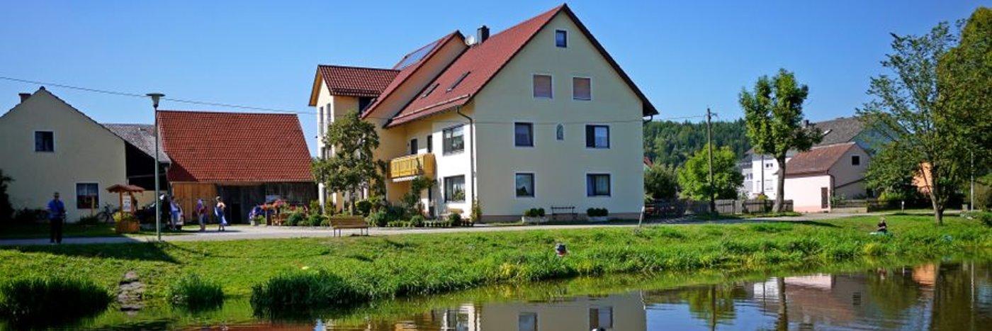Ferienhaus in Burglengenfeld Ferienwohnung nähe Kallmünz Naab Bauernhof