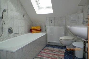 Badezimmer in der Ferienwohnung Naab Blick