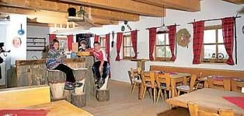 Hütte Bayern im Bayerischen Wald Urige Bärwurz Resl Hütte