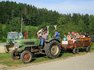 bauernhof-fingermühl-traktor-kutschenfahrt-375