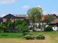 bauernhof-urlaub-ferienhof-ansicht-bayern-bayerwald-150