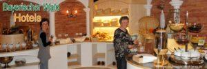 bayerischer-wald-hotels-frühstücksbuffet-zimmer-halbpension