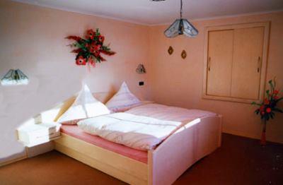 berg-pension-hacker-bayerischer-wald-ferienwohnungen-schlafen