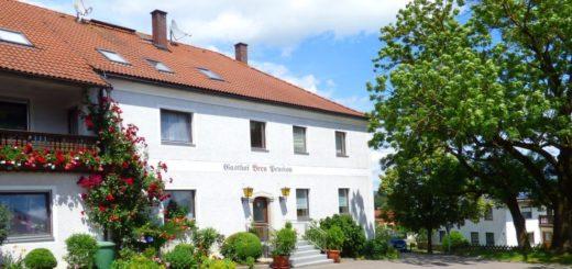 breu-bauernhofurlaub-oberpfalz-gasthof-ferienhaus-ansicht