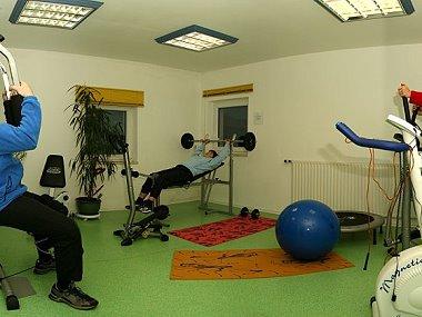 brunnerhof-forellen-pension-bayern-fitnessraum