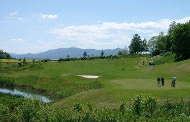 brunnerhof-hotelurlaub-golfen-bayerischer-wald-golf-spielen