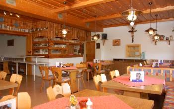 Hotelangebote in Bayern Restaurant, Swimming Pool, Bergwandern Hohen Bogen
