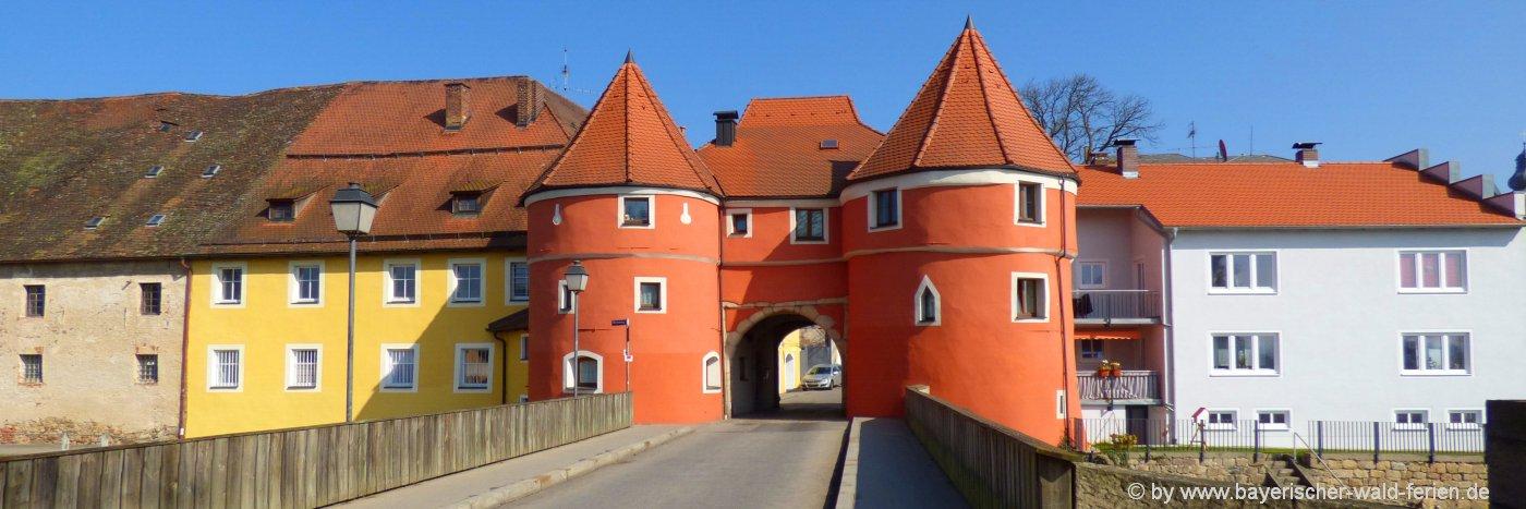 cham-unterkunft-stadt-oberpfalz-ausflugsziele-biertor-sehenswürdigkeiten