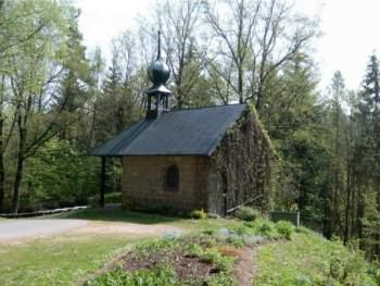 Tourenplanung Wanderreisen Bayern - Wallfahrtskirche Rosenöd bei Neuhaus