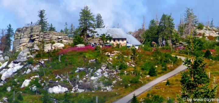 Ausflugsziel Dreisessel Berg Gasthof Dreiländereck Bayerischer Wald Unterkunft