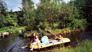 Ferienwohnung für Kurzurlaub im Bayerwald - Boot fahren