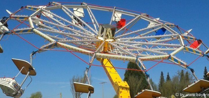 erlebnisbarks-niederbayern-freizeitparks-oberpfalz-karusell