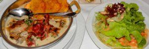 essen-bayern-gruppenhaus-verpflegung-vollpension-salat-grillteller