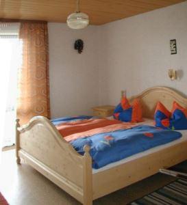 Schlafzimmer im Ferienhaus in Höhenlage Deutschland Bayern