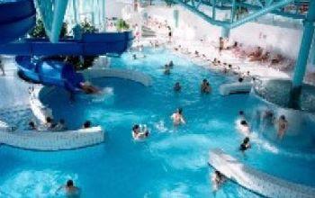 Erlebnisbad nähe Ferienpark Kinder Feriendorf für Familien