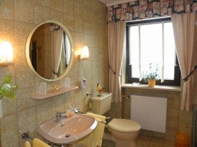 ferienwohnung-arnschwang-badezimmer