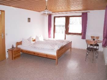 Schlafzimmer Fewo vom Direkt Vermieter in Deutschland