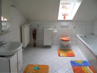 ferienwohnung-bohmann-badezimmer-unterkunft-rossbach-wald