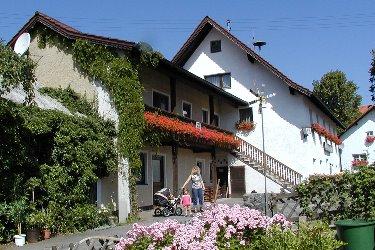 Bayerischer Gasthof mit Ferienwohnung in Cham