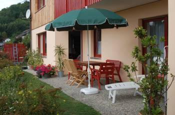 Ferienwohnung und Ferienhaus mit Garten in Schönberg