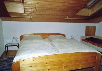 Schlafzimmer der Ferienwohnung im Bayerischen Wald