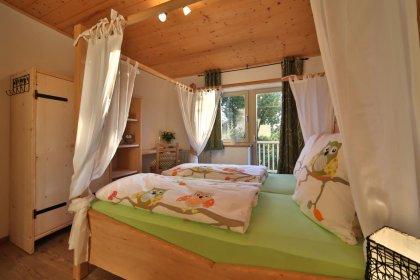 ferienwohnung-ernstlhof-wastl-stube-schlafen-420
