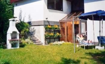 Unterkunft in Niederbayern - Bild ID ferienwohnung-zeintl-unterkunft-niederbayern-garten-liegewiese-grill