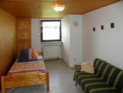 ferienwohnung-zell-bauernhof-schlafen-wohnen-ferienhof-familienferien