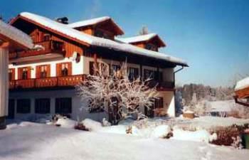 Winterurlaub und Skiurlaub im Skigebiet Geißkopf bei Bischofsmais