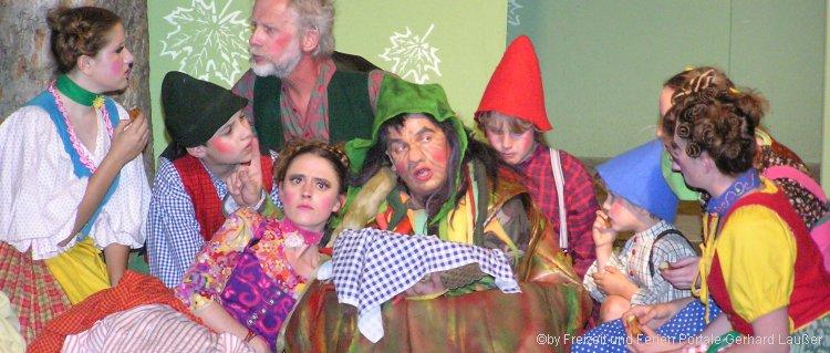 Lichtenegger Burgfestspiele auf der Burgruine Lichtenegg bei Rimbach - Bild aus der Goggolore Aufführung
