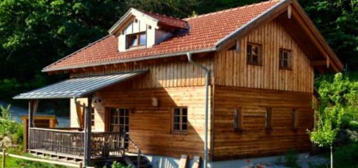 fischer-sunleitn-altnussberg-hütten-bayerischer-wald-chalets-mit-kamin