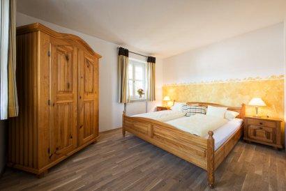 frongahof-boehmzwiesel-grainet-ferienwohnungen-sonnenblume-schlafzimmer-410