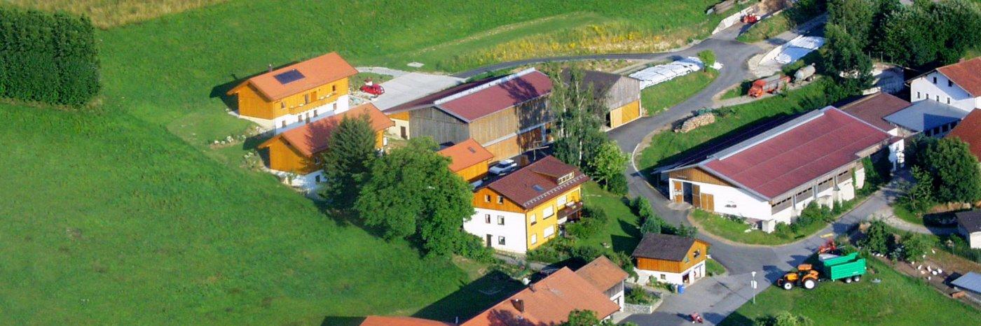 gammerhof-bauernhof-waldkirchen-ferienhaus-bayerischer-wald-luftbild