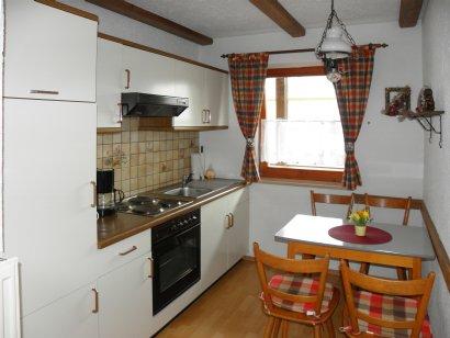 Ferienwohnung bei Cham - Wohnküche - Küchenzeile und Essecke