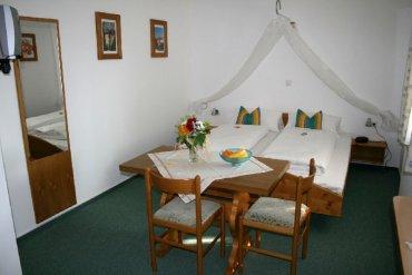 gasthof-zur-linde-pension-gruppen-doppelzimmer