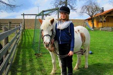 Spiel und Spaß für Kinder - gschwandnerhof-pony-reiten-familien-kinder-ferien