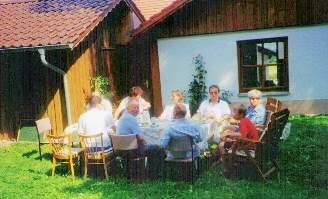 Familie Haberl Ferienwohnung Stamsried Bayerischer Wald Garten Grillen