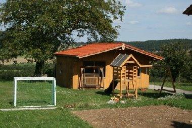 Familienferien und Erholungsurlaub in Bayern Ferienwohnung neben Bauernhof