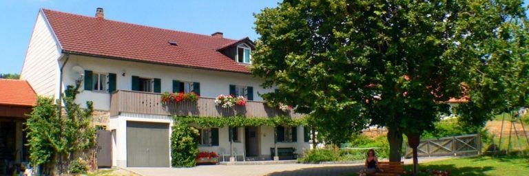 holmerhof-wiesenfelden-gesundheitsbauernhof-niederbayern