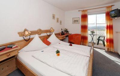 hotel-berg-rinchnach-bayerwald-doppelzimmer-unterkunft