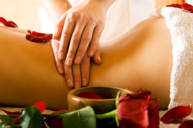 hotel-viechtach-pauschalangebot-ayurvedaurlaub-wellnessmassage